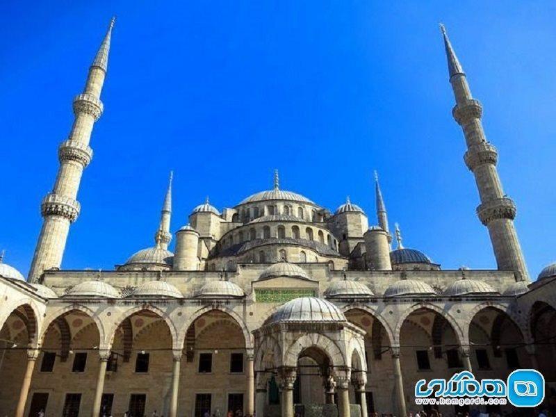 مسجدی تاریخی به روی گردشگران بسته شد