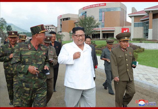 دیدار میدانی رهبر کره شمالی ، اون از پروژه ساخت یک تفرجگاه بازدید کرد