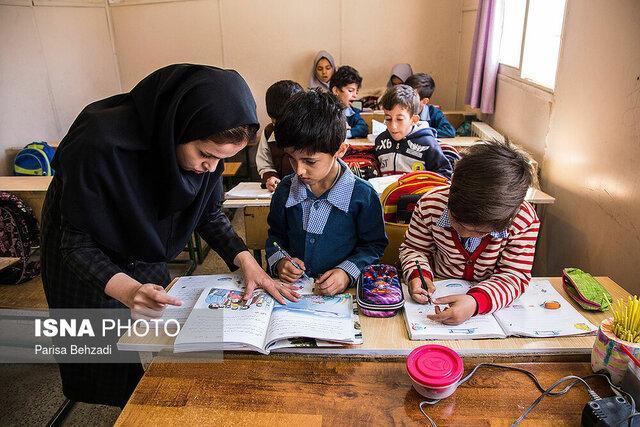 اداره 19 مدرسه در گناباد به صورت چندپایه