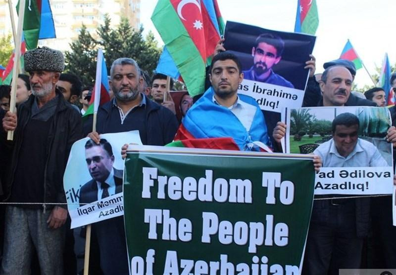 گزارش ، تجمع اعتراضی در باکو و بازداشت ده ها فعال سیاسی