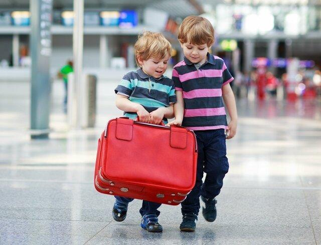 نکاتی که هنگام سفر با کودک باید در نظر بگیرید ، استراتژی های هوشمندانه سفر با بچه چیست؟