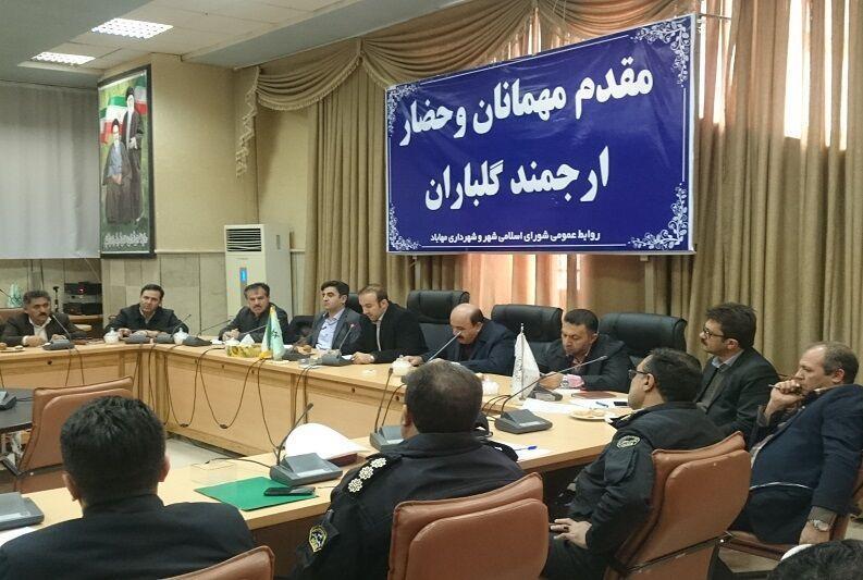 خبرنگاران 10 کمیته ستاد خدمات سفر در مهاباد تشکیل شد