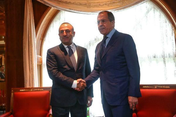 وزرای خارجه ترکیه و روسیه رایزنی کردند