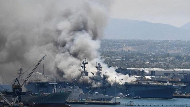 آتش سوزی و انفجار در عرشه ناو جنگی آمریکا؛ دست کم 21 نفر زخمی شدند
