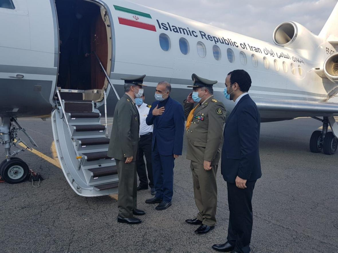 خبرنگاران وزیر دفاع ایران وارد مسکو شد