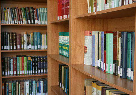 بیش از هزار عنوان کتاب غیرفارسی در کتابخانه تخصصی جنگ