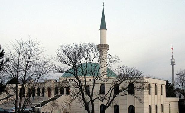 دولت اتریش تعدادی از مساجد این کشور را تعطیل می کند