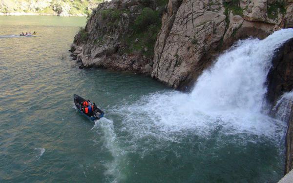 معرفی آبشار بل جاذبه کردستان
