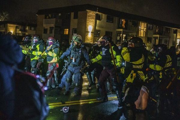 سومین شب اعتراضات در مینیاپولیس